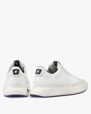 L-10174-01 white calf wit
